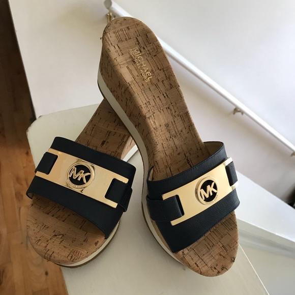 503aff0273f Michael Kors Navy Blue Warren Wedge Sandals sz 8.5